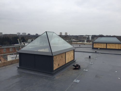 flat roof windows example 10