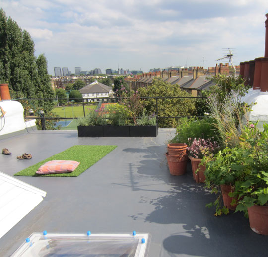 Durable Fibreglass Flat Roofs in Surrey